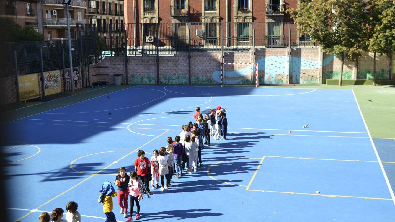 Foto: Desde hace un año, el colegio madrileño Nuestra Señora de la Paloma tiene un patio inclusivo. (M. Z.)