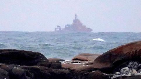 Retoman la búsqueda del marinero desaparecido en el naufragio de Pontevedra