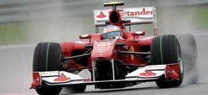 Alonso marca el mejor tiempo en los libres del viernes y peleará por la 'pole'