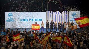 El PP cierra su campaña con una explosión de patriotismo rebelde