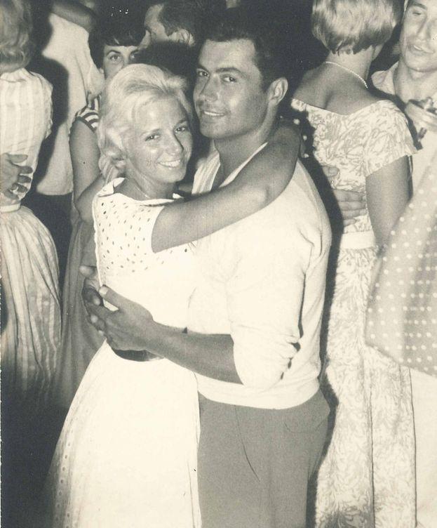 Foto: Leonor Greyl y su marido Jean-Marie en una imagen del álbum familiar. (Cortesía)