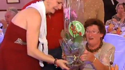 Celebra su funeral coincidiendo con su 80 cumpleaños