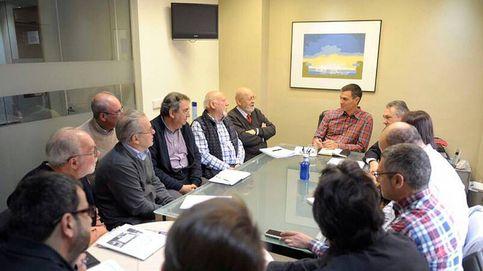 Sánchez corteja a exdirigentes de UGT y del guerrismo para ganar las primarias