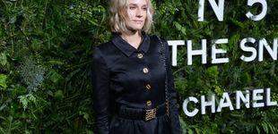 Post de Diane Kruger dice que las botas doradas son el mejor compañero de tu mini falda
