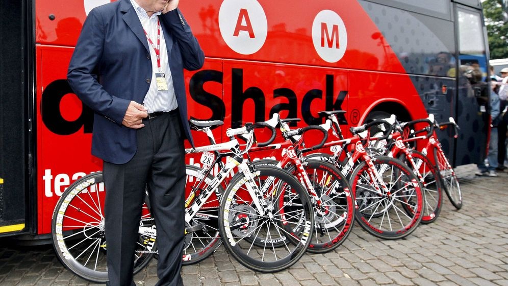 Foto: Merckx fundó su empresa en 1980 (Guillaume Horcajuelo/EFE)