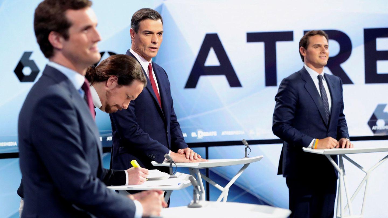 Los cuatro candidatos antes del inicio del debate. (EFE)