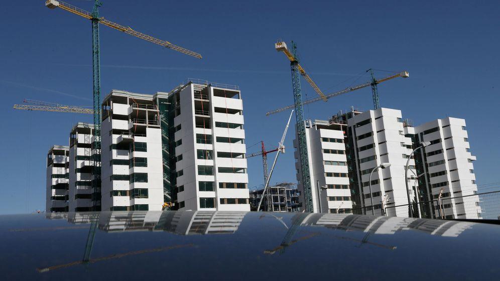 Foto: Pisos en construcción en Madrid. (Reuters)