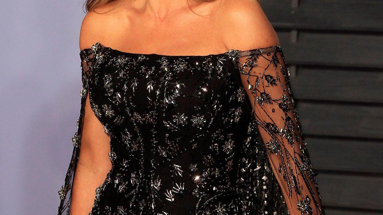 La actriz colombiana Sofia Vergara posa a su llegada a una fiesta. (EFE)