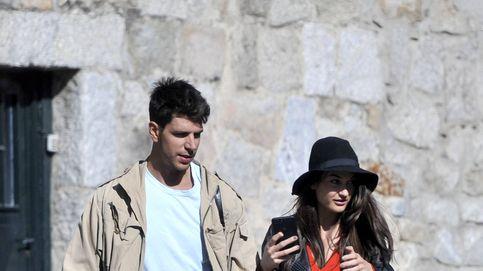 Diego Matamoros y Estela Grande, comprometidos y pillados a la salida de Rabat de recoger el anillo