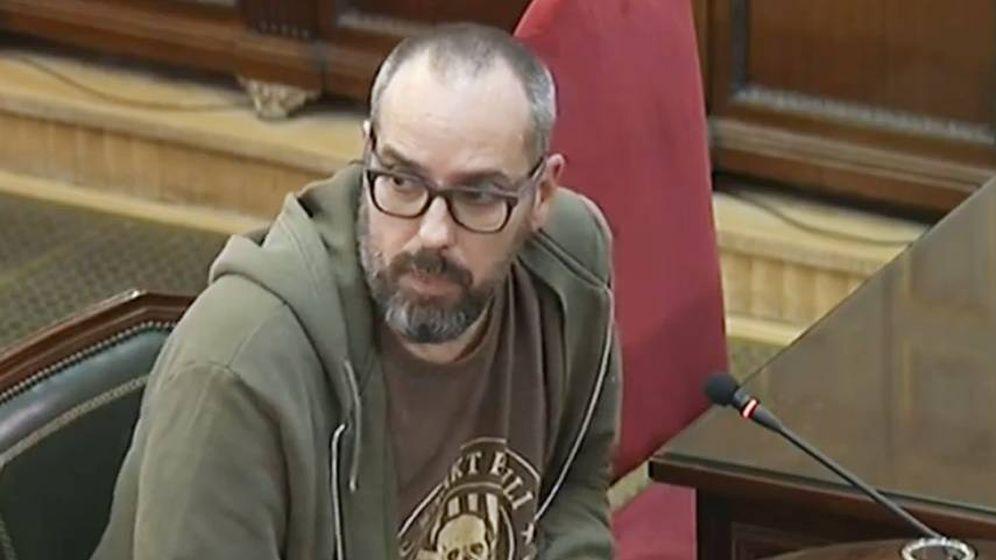 Foto: El diseñador gráfico Enric Vidal testificó este martes en el juicio del procés