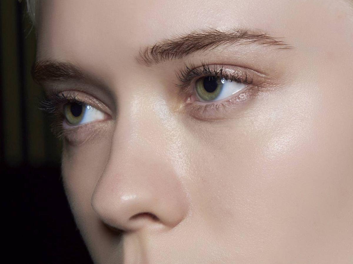 Foto: Las propiedades del madecassoside reducen la inflamación de la spieles sensibles, además de tener propiedades antioxidantes que iluminan la piel. (Imaxtree)