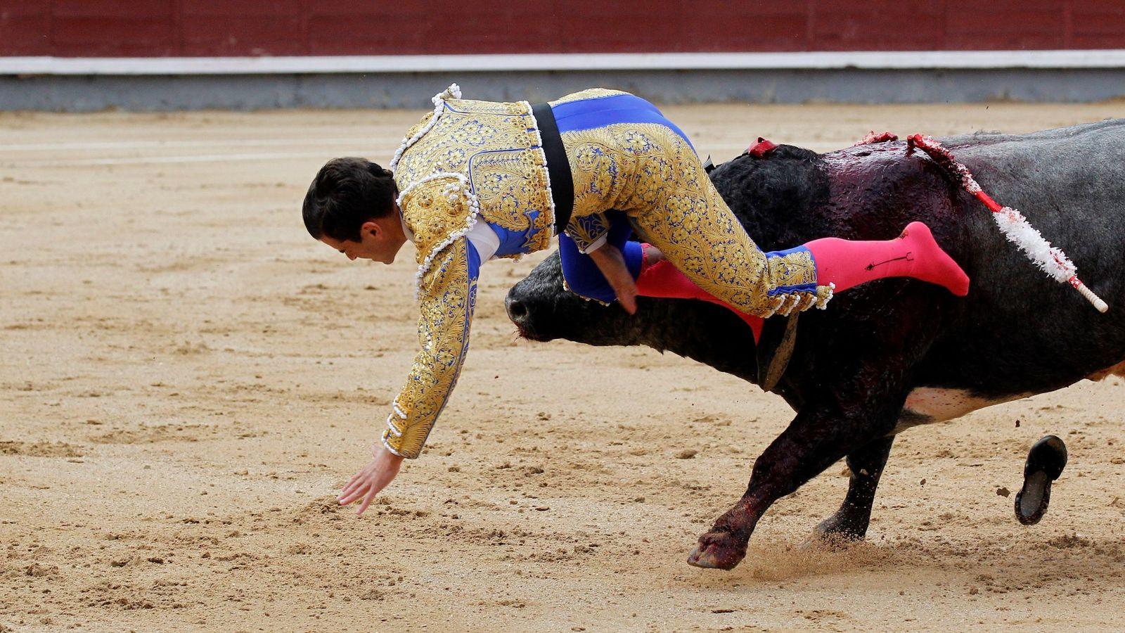 Rubén Pinar y el banderillero José Antonio Prestel, heridos en las Ventas