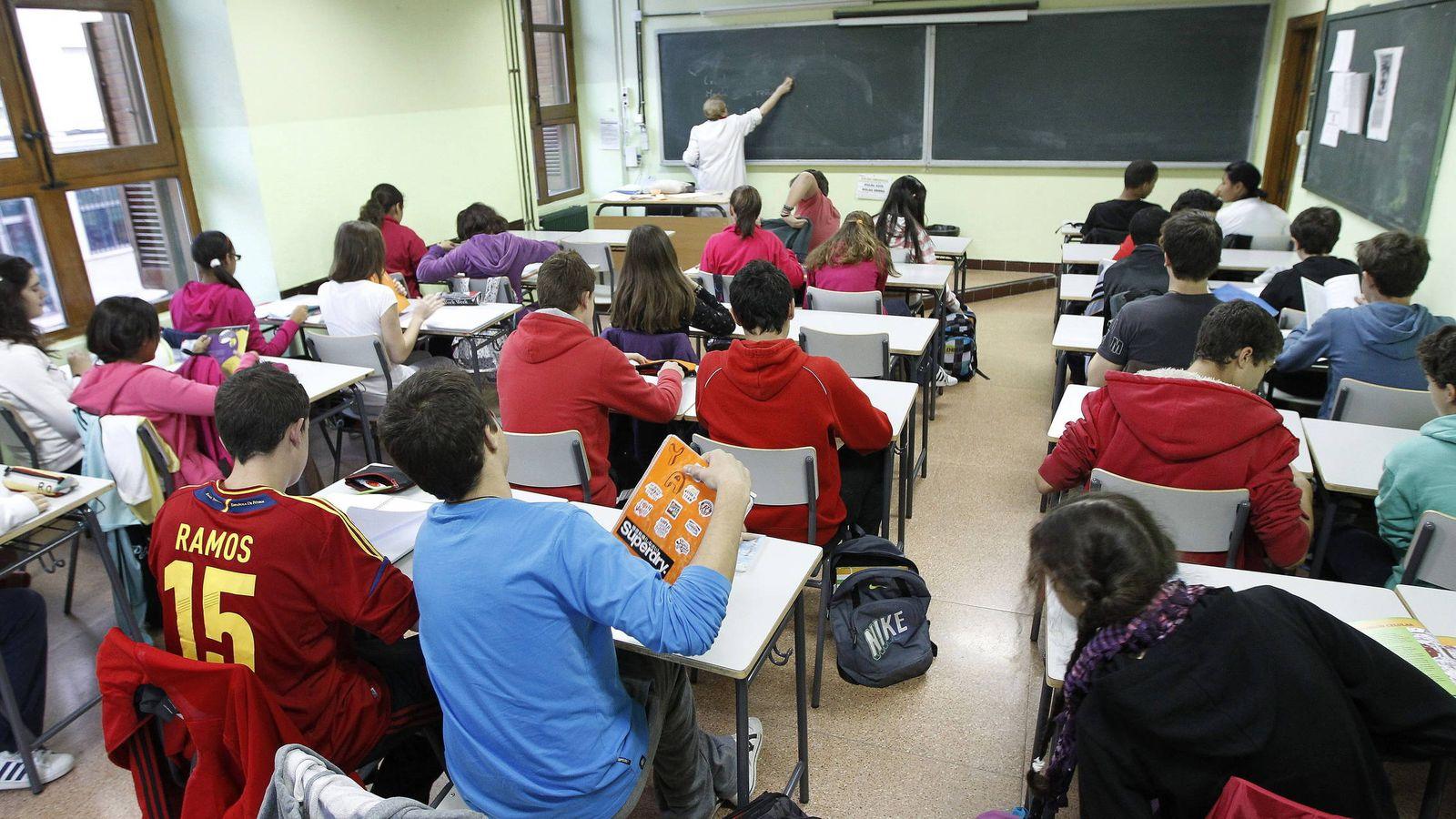 Foto: Vista general de un aula. (EFE)