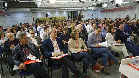 El PSOE quiere huir del asamblearismo, regular las consultas y acotar primarias