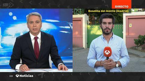 Vicente Vallés salva a un reportero de 'A3 Noticias' que se encasquilla en directo