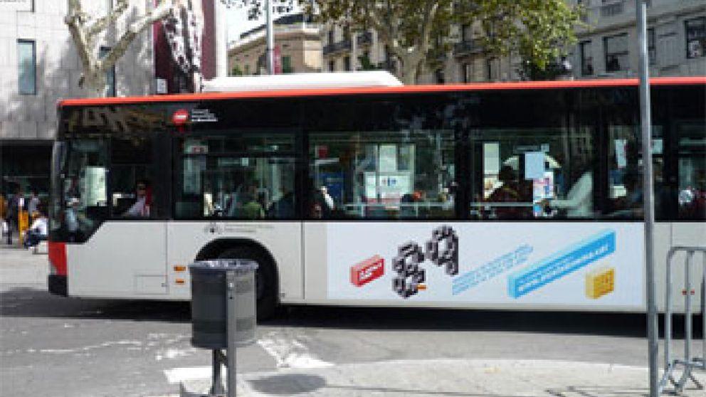Barcelona da luz verde a una campaña en favor del catalán y veta una del bilingüismo
