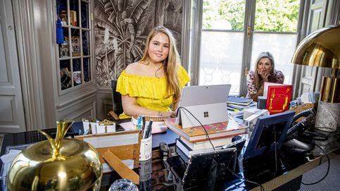 Amalia de Holanda, la princesa 'currante': su jornada como camarera en una cafetería