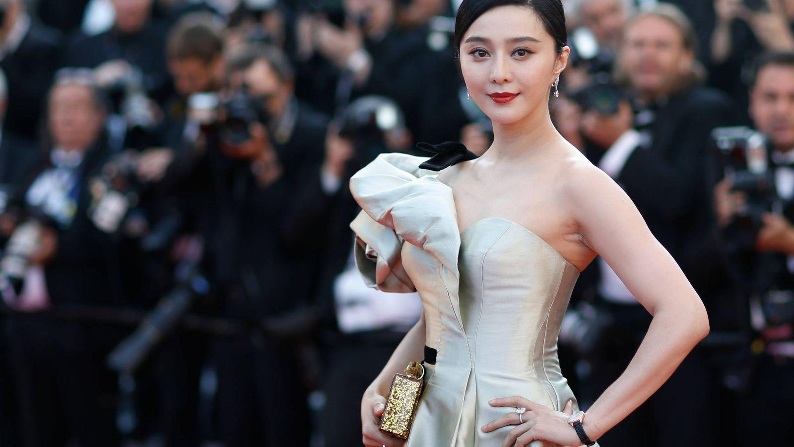 Foto: La actriz china Fan Bingbing posa en la alfombra roja del festival de Cannes. (Reuters)