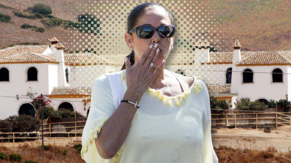 Foto: Isabel Pantoja y su finca Cantora en un fotomontaje de Vanitatis