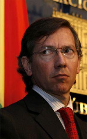"""Bernardino León quiere """"diálogo"""" y 'tranquiliza': """"No vamos a invadir Marruecos"""""""