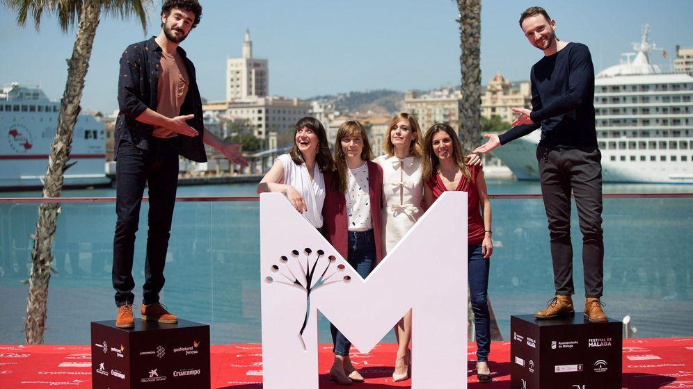Foto: El equipo de la película 'Las distancias', en el Festival de Málaga.