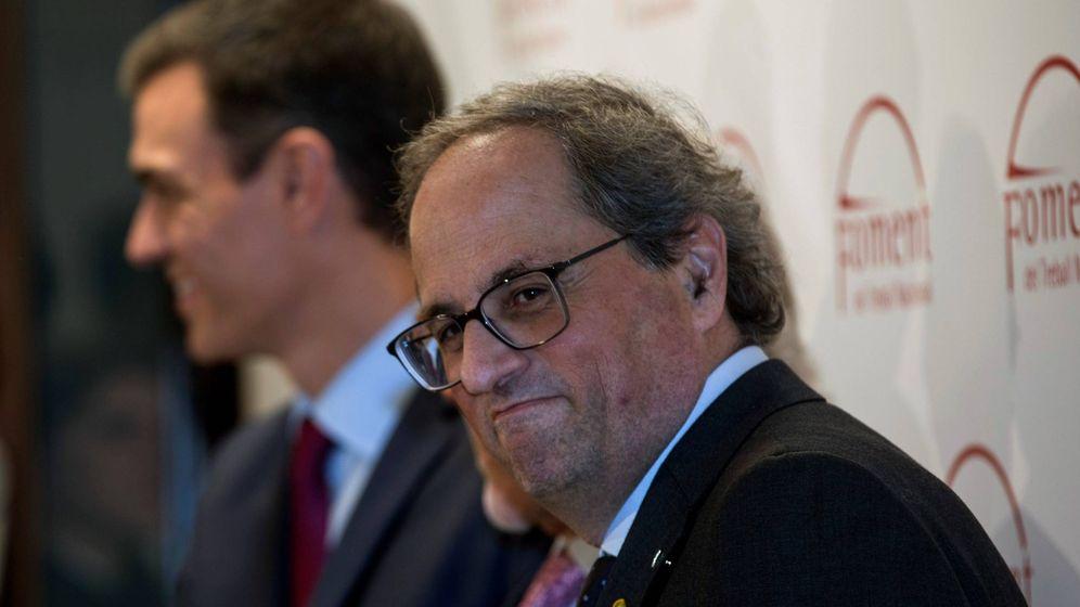 Foto: El presidente del Gobierno, Pedro Sánchez, y el presidente de la Generalitat de Cataluña, Quim Torra. (EFE)