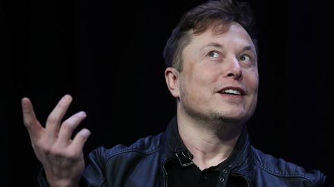 Elon Musk comparte una foto familiar de Grimes y su hijo... desde su 'base estelar'