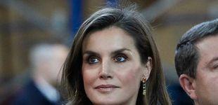 Post de Los pendientes, el 'highlight' del look de la reina Letizia en Toledo
