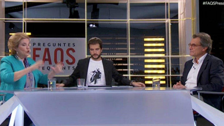 Rahola, Ustrell y Artur Mas, en 'Preguntes Freqüents'. (CCMA).