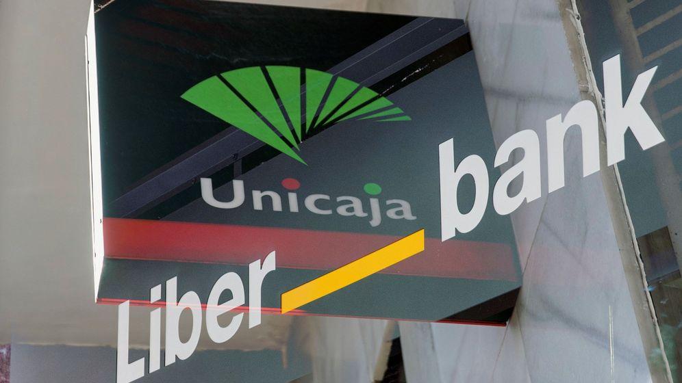 Foto: Unicaja y Liberbank. (EFE)
