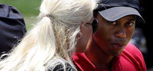 Tiger Woods se aleja de los campos de golf