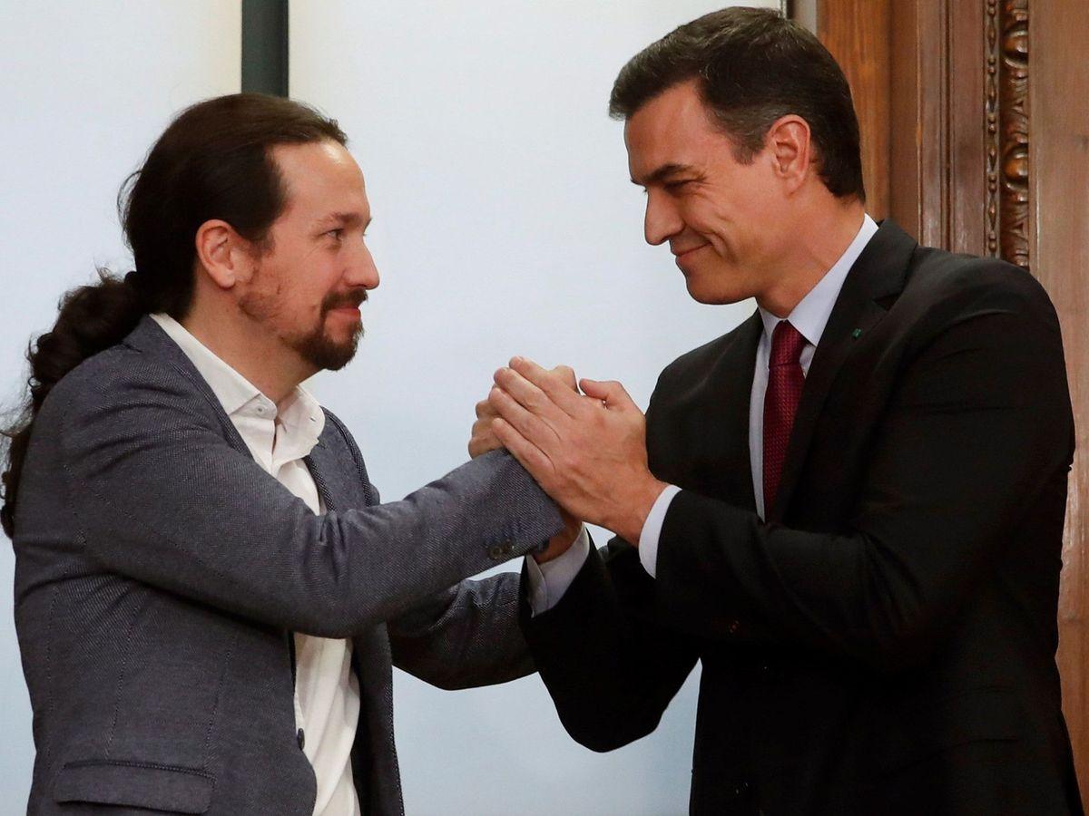 Foto: Iglesias y Sánchez celebran su acuerdo de gobierno (EFE).