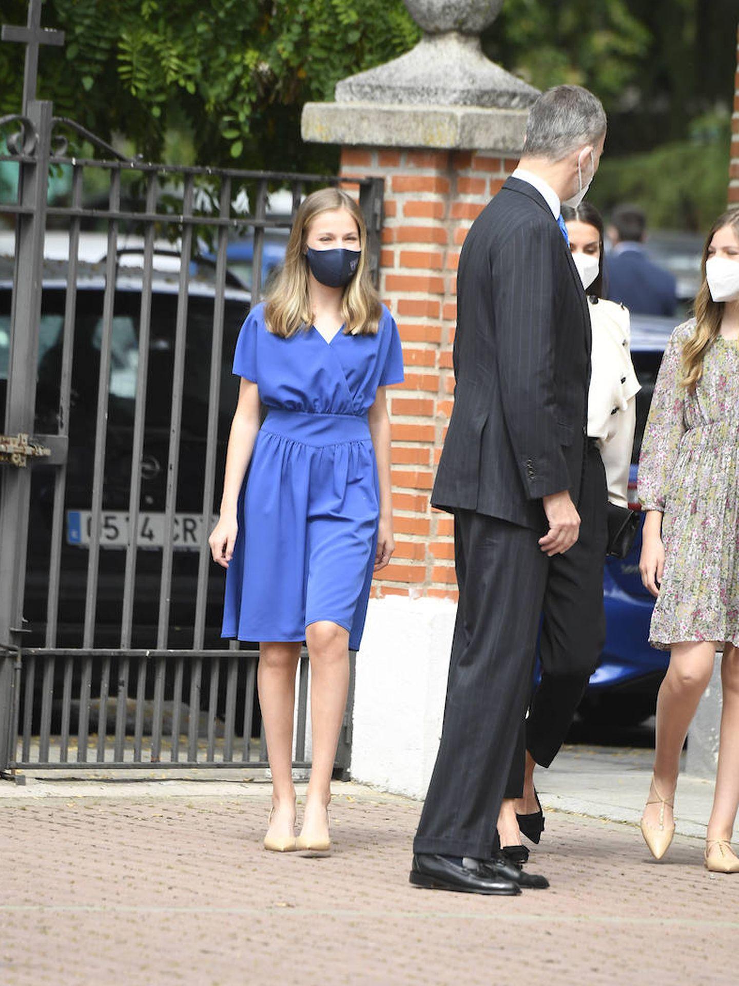 La princesa Leonor, junto a su padre. (LP)