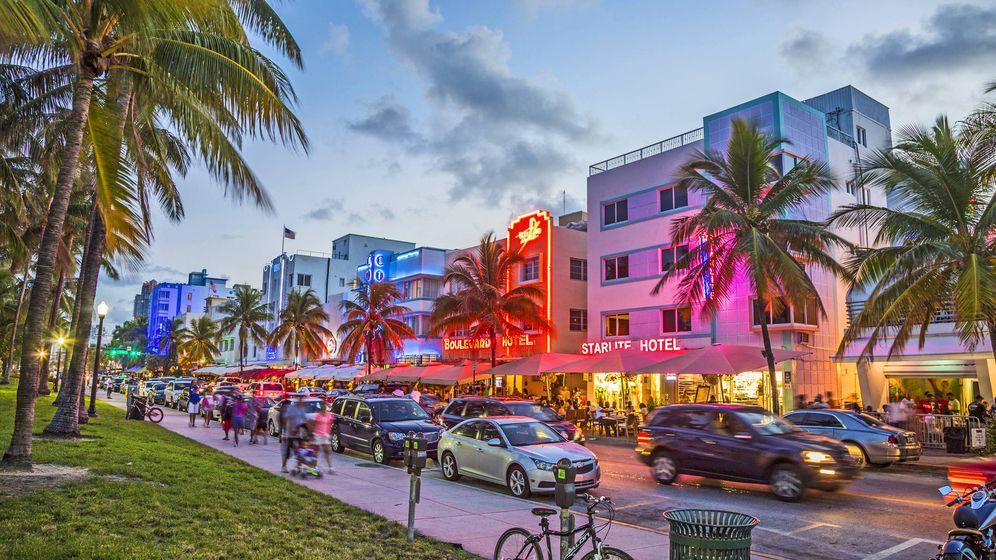 Foto: Ocean Drive, el paseo marítimo art decó más famosos del mundo. (Foto: iStock)