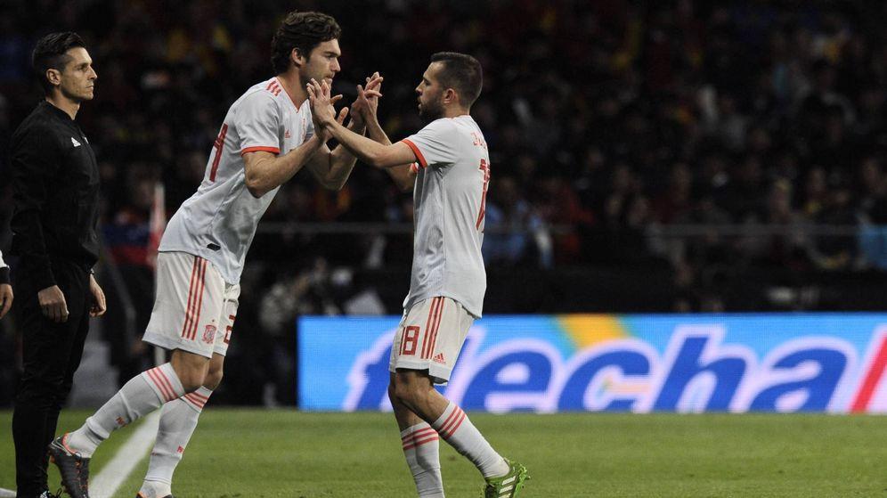 Foto: Marcos Alonso sustituyó a Jordi Alba en el minuto 79 del España-Argentina. (Cordon Press)