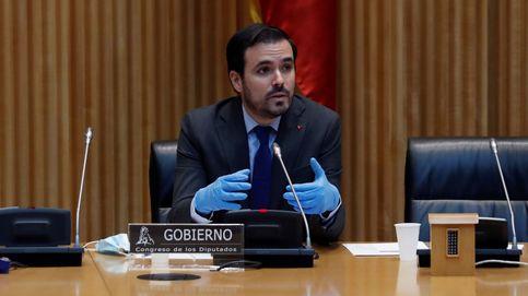 Los equilibrismos de Garzón con las apuestas, el fútbol y la publicidad