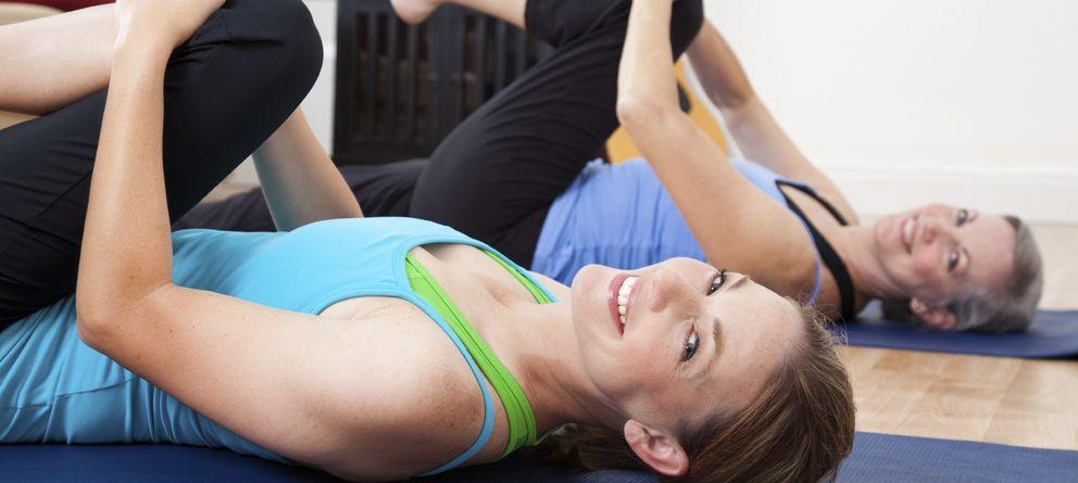 Foto: Descubre las claves para que entrenar en tu casa o en el parque más cercano a tu domicilio. ¡Ponerse en forma es muy sencillo! (iStock)