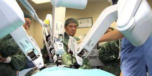 La espera para operarse de corazón, cataratas y prótesis no superará 6 meses