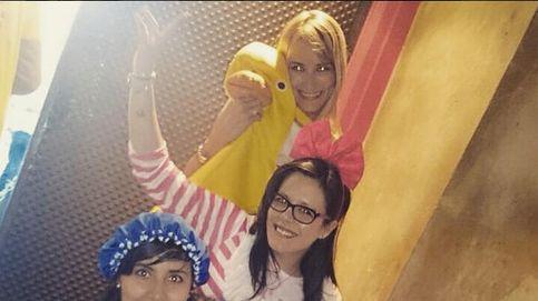 Disfraces y Eurovisión, así ha sido la despedida de soltera de Alba Carrillo