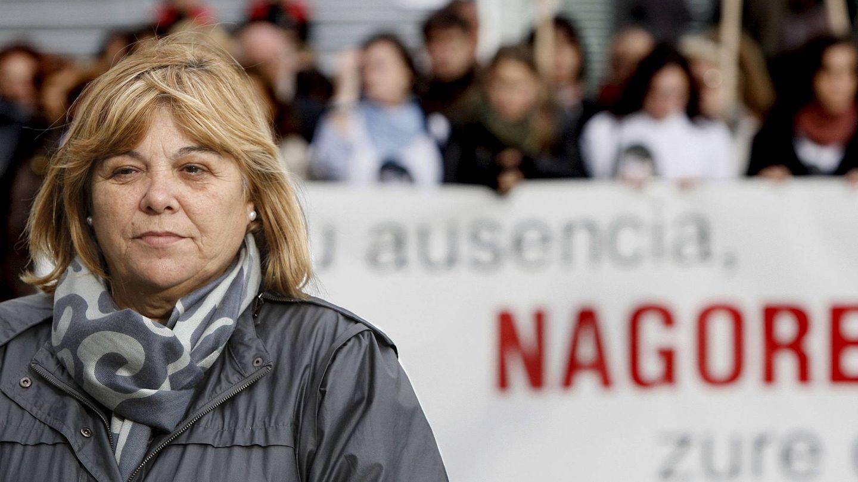 La madre de Nagore Laffage durante la concentración celebrada en Pamplona en 2009. (EFE)