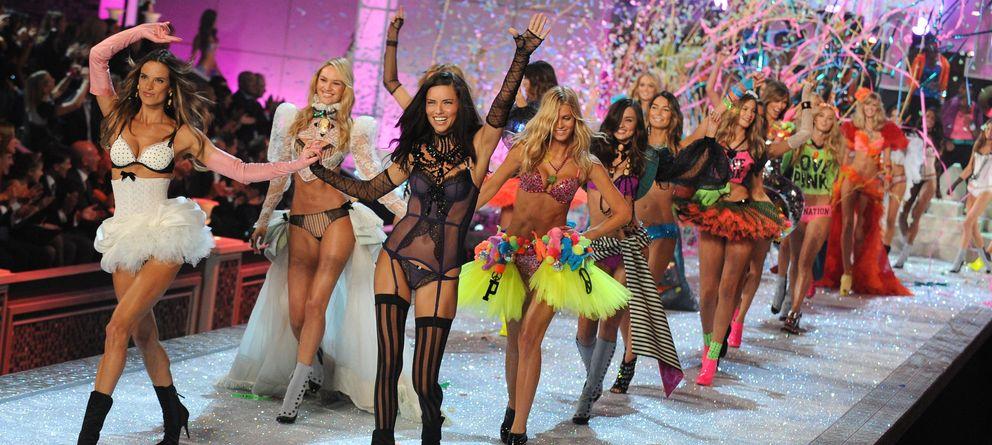 Foto: Alessandra Ambrosio y Adriana Lima, en uno de los últimos desfiles del Victoria's Secret Fashion Show (Gtres)