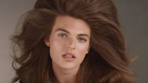El hijo de Elizabeth Hurley (un mini-yo de su madre) debuta como modelo