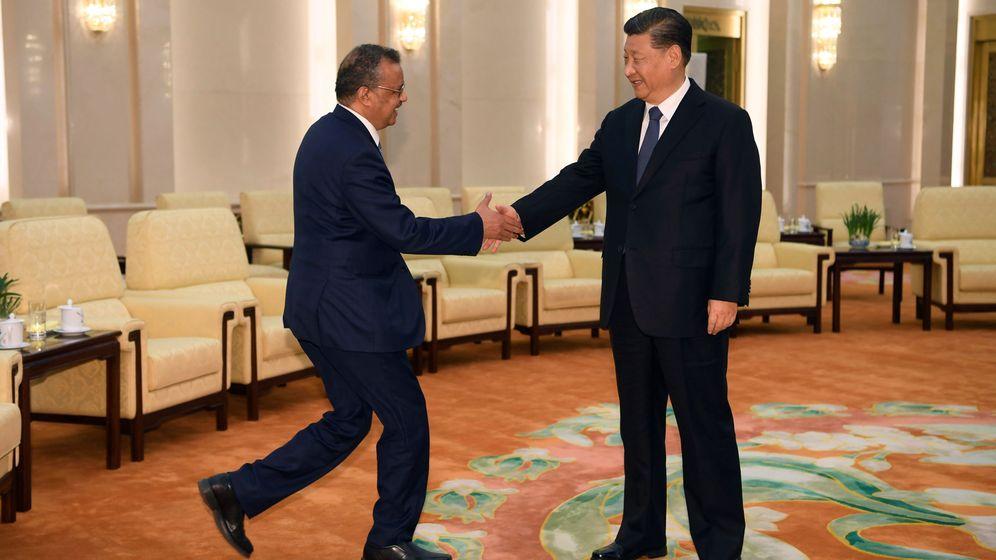 Foto: Tedros Adhanom, director de la OMS, y Xi Jinping. (Reuters)