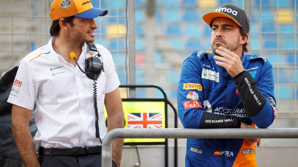 Foto: Fernando Alonso y Carlos Sainz pueden ser protagonistas del mercado de fichajes para 2021. (EFE)