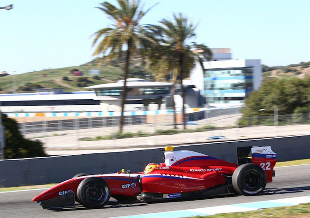 Foto: Roberto Merhi rodando en los test de pretemporada