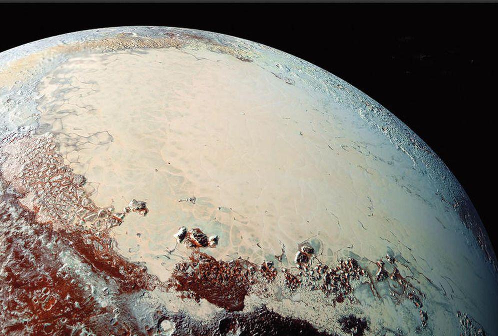 Foto: Sputnik Planum, un lago de nitrógeno helado