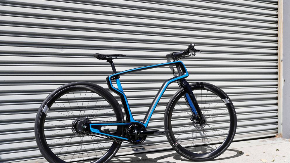 La idea de un exGoogle para reinventar las bicis: fibra de carbono 'low cost'