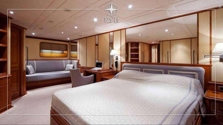 La suite principal de la embarcación. (Royal Yacht Brokers)