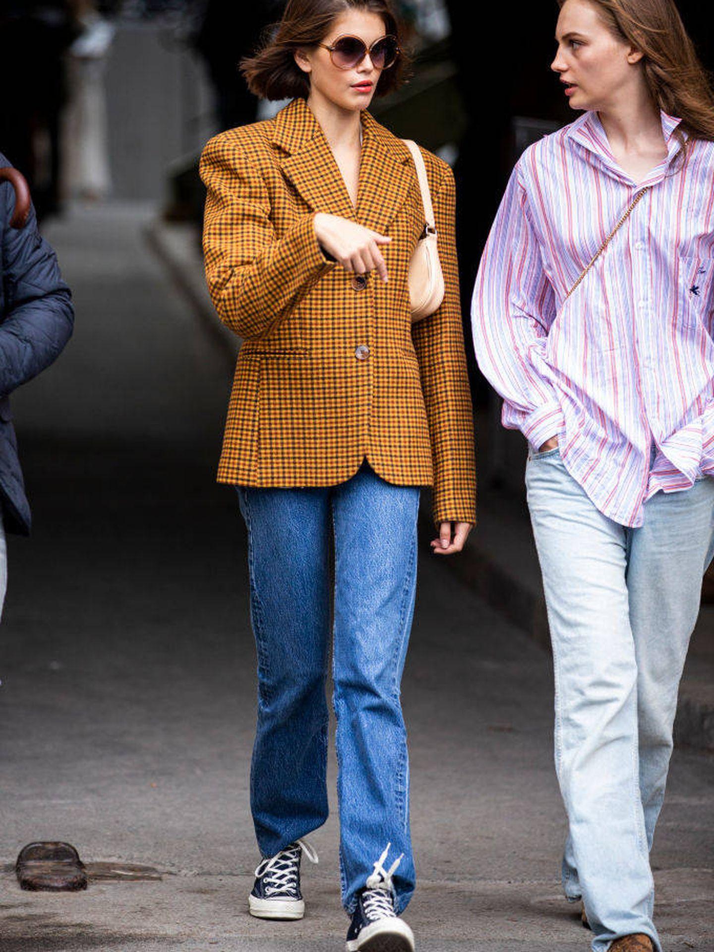 Street style de la Paris Fashion Week Womenswear Spring/Summer. (Getty)