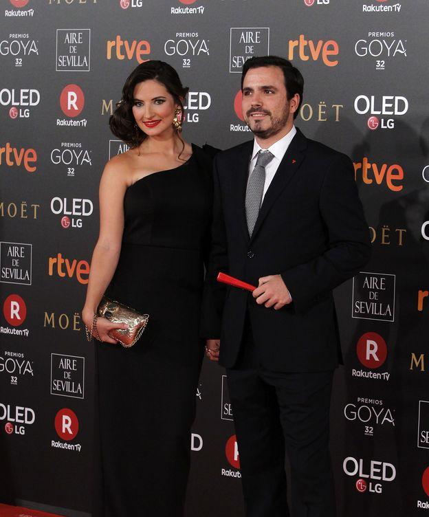Foto: Alberto Garzón y su esposa, Anna Ruiz, en la última gala de los Goya. (Cordon Press)